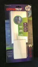 Dynatrap Flylight with AtraktaGlo in White No Chemicals UV Light NIB