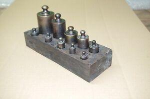 Alte Gewichte Set in Holzbox 10  Gewichte  ca.3 Kg im Fundzustand 24 cm x 9 cm