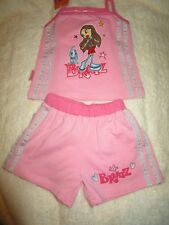 Girls Bratz pink short set with straps and silver side stripe   size 2