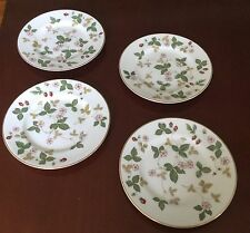 Wedgwood Wild Strawberry Bone China Set of 4 Bread and Butter Plates Barely Used