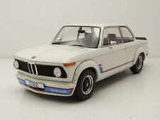 BMW 2002 Turbo 1973 weiß Modellauto 1:18 MCG