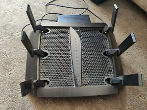 Netgear Nighthawk AC3200 Tri-Band WiFi Router