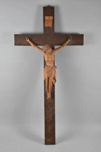 a70w01- Wandkreuz/ Kruzifix, Holz geschnitzt