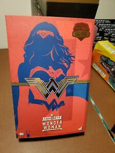 Hot Toys MMS506 Justice League 1/6 Scale Wonder Woman Action Figure