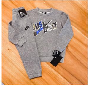 Nike Toddler Boy's 2pc Set Sweater Sweatpants Tracksuit Size 12M, 18M, 24M New