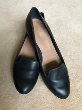 Clarks ladies black leather mid heel court shoes size 6 hardly worn