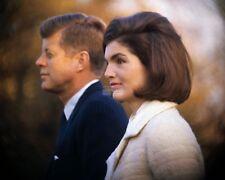 "JOHN F. KENNEDY & FIRST LADY ""JACKIE"" JACQUELINE IN 1963 - 8X10 PHOTO (ZY-334)"