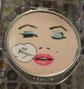 Betsey Johnson Compact Mirror Lovely Changing Winking Face New In Box MRSP $35