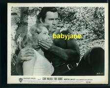 CLINT WALKER VIRGINIA MAYO VINTAGE 8X10  PHOTO BARECHESTED 1958 FORT DOBBS