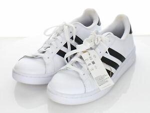 25-44 NEW $65 Men's Sz 8.5 M Adidas Grand Court Low Sneaker In White/Black