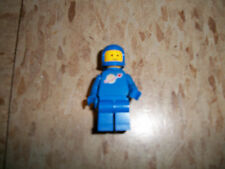 LEGO Vintage Early 1980s Blue Space Man Minifigure Benny good chin strap