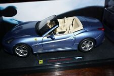 1/18 HOT WHEELS ELITE FERRARI  FERRARI CALIFORNIA bleu
