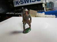 Barclay Manoil  Lead Toy Soldier Standing with Gun (3)