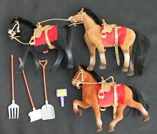 Nouvelle annonce Lot de 3 chevaux et accessoires