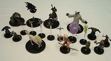 Dungeons & Dragons Miniatures Lot - Creatures and Monsters - 19 miniatures!