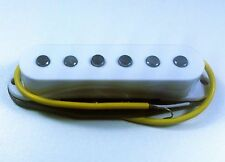 pickup FENDER SQUIER STRATOCASTER Alnico middle - blanc - pour guitare Fender...