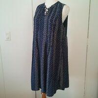 Old Navy Blue / White Floral Prints Sleeveless Dress Size Large