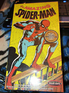 POLAR LIGHTS 1/8 Scale the Amazing Spider-Man new in the box