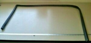 2002-2009 MERCEDES-BENZ E320 E350 E500 W211 ~ LEFT FRONT WINDOW RUN