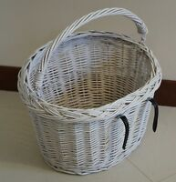 BIKE  BICYCLE WICKER willow SHOPPING PICNIC BASKET AND HANDLE hand made WHITE