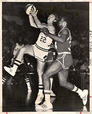 ABA Basketball Spurs Memphis Tams George Karl vs Lee Davis Original Type I Photo