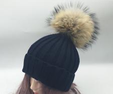 Mütze mit XXL Fell-Bommel Damen Strick-Mütze Winter-Mütze Bommelmütze Schwarz
