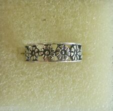 genuine .925 sterling silver Row of flowers toe ring