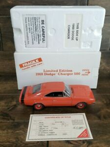 Danbury Mint 1969 Dodge Charger 500 Hemi Orange 1:24 Scale w/ Box + Title