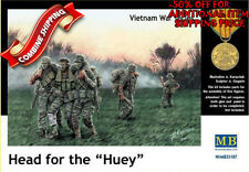 Master Box 35107 Head for the Huey Vietnam War - 5 Figures Set plastic kit 1/35