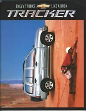 Truck Brochure - Chevrolet - Tracker - Chevy - 2002 (T2330)