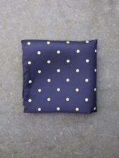 Dunkelblau gepunktetes Pocket Square in Seide von Tails und unerwartete