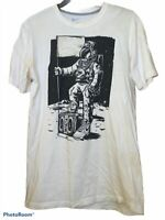 Nike Men's Moon Landing Astronaut White T-Shirt Sz Medium RARE Regular Fit C24