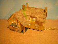 OO HORNBY SKALEDALE MISDALE HOUSE COTTAGE BUILDING WITH WORKING LIGHT
