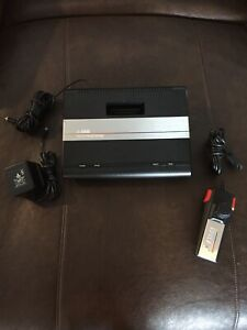 ATARI 7800 CONSOLE WITH CORDS AND CONTROLLER WORKS FREE SHIPPING!!!