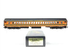 HO Bachmann Spectrum 89033 GN Great Northern Empire Builder Coach Passenger #967
