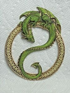 Neil Eyre Designs Chinese Dungeon Dragon Celtic Ring green gold leaf lg magnet