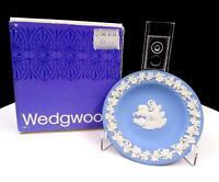 "WEDGWOOD JASPERWARE CREAM ON PALE BLUE 4 3/8"" AURORA SWEET DISH W/ ORIGINAL BOX"