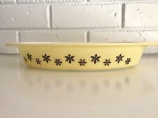 Vintage Pyrex Snowflake Yellow and Black Divided Dish Gaiety