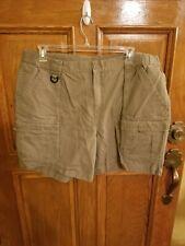 Columbia XXL Womens Olive Cargo Shorts 7 Inch Inseam
