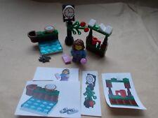 LEGO CITY CHRISTMAS SCENE GIRLS WINTER FUNDAY AT THE ICE RINK CHRISTMAS MARKET
