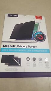 Targus 13 in. Magnetic Privacy Screen for MacBook Pro - ASM133MBP6GL