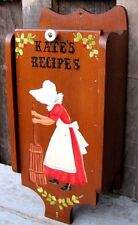 VINTAGE RETRO HANGING WOOD WALL POCKET HOME & GARDEN RECIPE STORAGE CABINET BOX