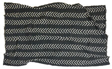Black and white cotton Bogolan mud cloth textile chevron design, Mali MP2