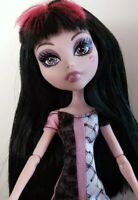 2011 MONSTER HIGH KILLER STYLE CLASSROOM DRACULAURA Fashion Doll Redressed