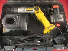DeWalt DW920 7.2V  Heavy Duty 2-Position Cordless Screwdriver and Case