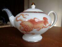 New Wedgwood England Bone China Dynasty Teapot