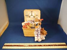 """Teddy Bears In Picnic Basket """"What The World Needs Now Is Love"""" Music Box"""