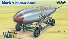 MARK 7 TACTICAL NUCLEAR BOMB (F-100/101/A-4/F-84...) VALOM 1/72 PLASTIC KIT