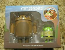 Android Mini Collectible 2016 Special Edition - Bear Awareness by Andrew Bell