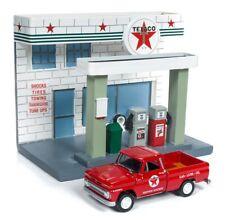 Chevrolet Truck 1965+ Texaco Service Station, Johnny Lightning Model 1:64